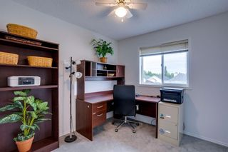 Photo 10: 90 Inverness Park SE in Calgary: McKenzie Towne Detached for sale : MLS®# A1137667