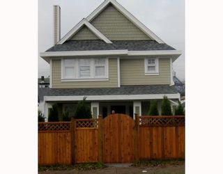 Photo 1: 1663 VICTORIA Drive in Vancouver: Grandview VE 1/2 Duplex for sale (Vancouver East)  : MLS®# V799750