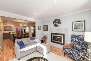 Photo 5: 2588 Ulverston Ave in : CV Cumberland House for sale (Comox Valley)  : MLS®# 859843