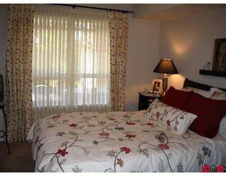 "Photo 7: 104 2167 152ND Street in Surrey: Sunnyside Park Surrey Condo for sale in ""MUIRFIELD GARDENS"" (South Surrey White Rock)  : MLS®# F2822667"