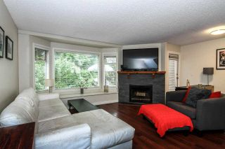 Photo 3: 2 1195 FALCON Drive in Coquitlam: Eagle Ridge CQ Townhouse for sale : MLS®# R2094331