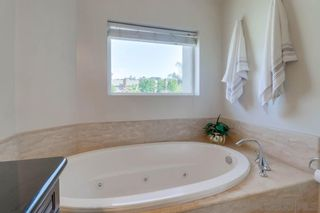 Photo 17: PACIFIC BEACH House for sale : 3 bedrooms : 1653 Chalcedony St in San Diego