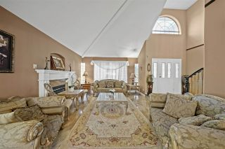 Photo 5: 2618 SANDSTONE Crescent in Coquitlam: Westwood Plateau House for sale : MLS®# R2530730
