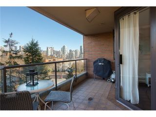 "Photo 6: 307 1450 PENNYFARTHING Drive in Vancouver: False Creek Condo for sale in ""HARBOUR COVE"" (Vancouver West)  : MLS®# V1038505"