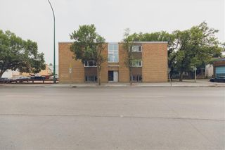 Photo 2: 486 Sargent Avenue in Winnipeg: West End Industrial / Commercial / Investment for sale (5A)  : MLS®# 202118532