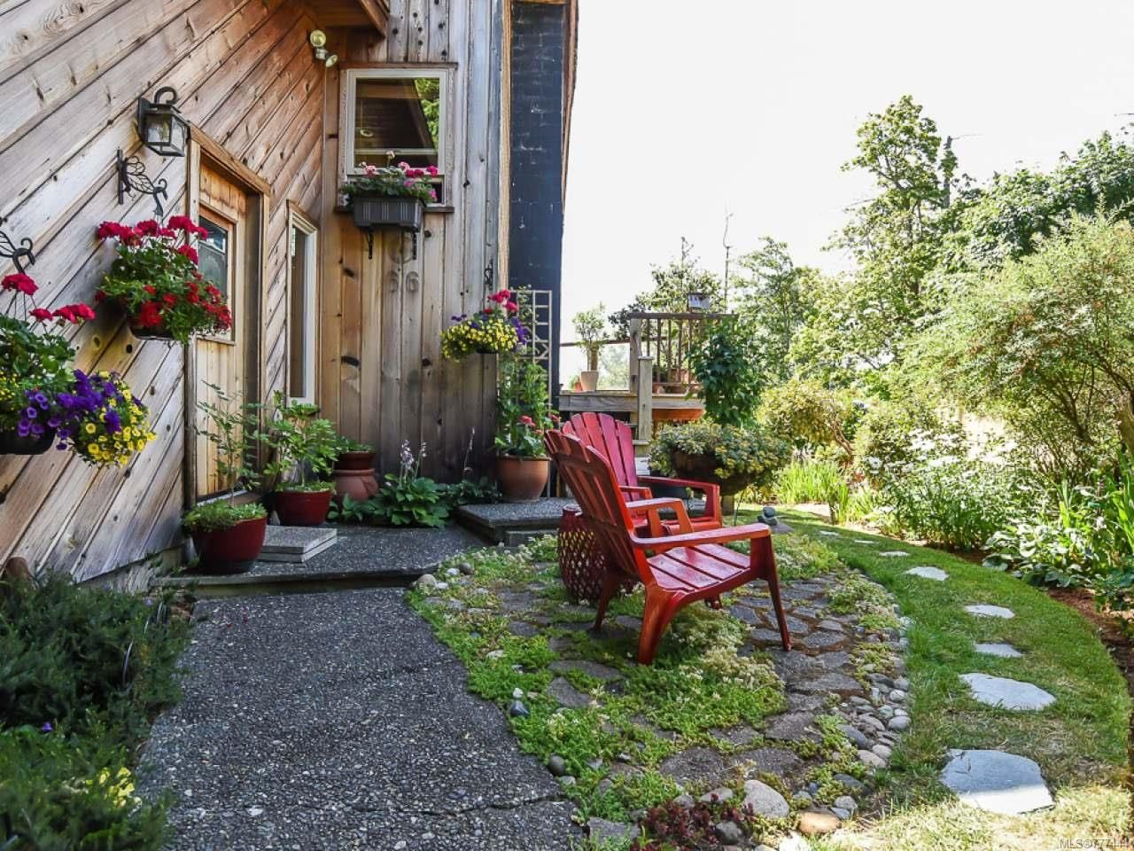 Main Photo: 66 Orchard Park Dr in COMOX: CV Comox (Town of) House for sale (Comox Valley)  : MLS®# 777444