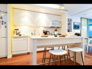 Photo 19: 601 328 11th Avenue in Vancouver: Mount Pleasant VE Condo for sale (Vancouver East)  : MLS®# R2463358
