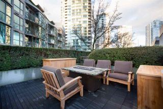 """Photo 10: 1075 EXPO Boulevard in Vancouver: Yaletown Townhouse for sale in """"MARINA POINTE"""" (Vancouver West)  : MLS®# R2253361"""