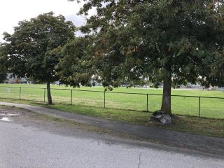 Photo 2: 5784 MEDUSA Street in Sechelt: Sechelt District House for sale (Sunshine Coast)  : MLS®# R2623690