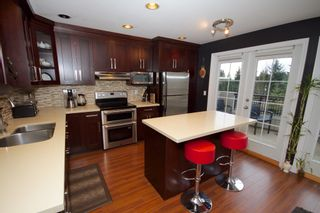 Photo 13: 5 1651 Parkway Boulevard in Coquitlam: Westwood Plateau Townhouse for sale : MLS®# R2028946