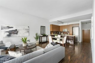 Photo 4: 1835 CROWE Street in Vancouver: False Creek Townhouse for sale (Vancouver West)  : MLS®# R2475656