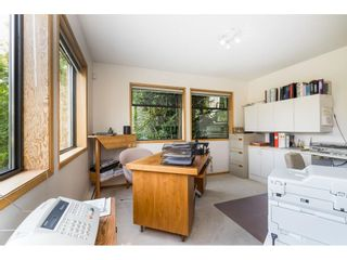 Photo 17: 5319 SOUTHRIDGE Place in Surrey: Panorama Ridge House for sale : MLS®# R2612903