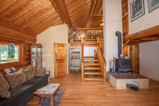 Photo 2: 8720 HORLINGS Road in Smithers: Smithers - Rural House for sale (Smithers And Area (Zone 54))  : MLS®# R2599799