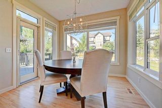 Photo 8: 28 DISCOVERY RIDGE Mount SW in Calgary: Discovery Ridge House for sale : MLS®# C4161559