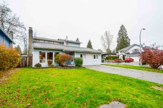 Photo 1: 3369 OSBORNE Street in Port Coquitlam: Woodland Acres PQ House for sale : MLS®# R2528437