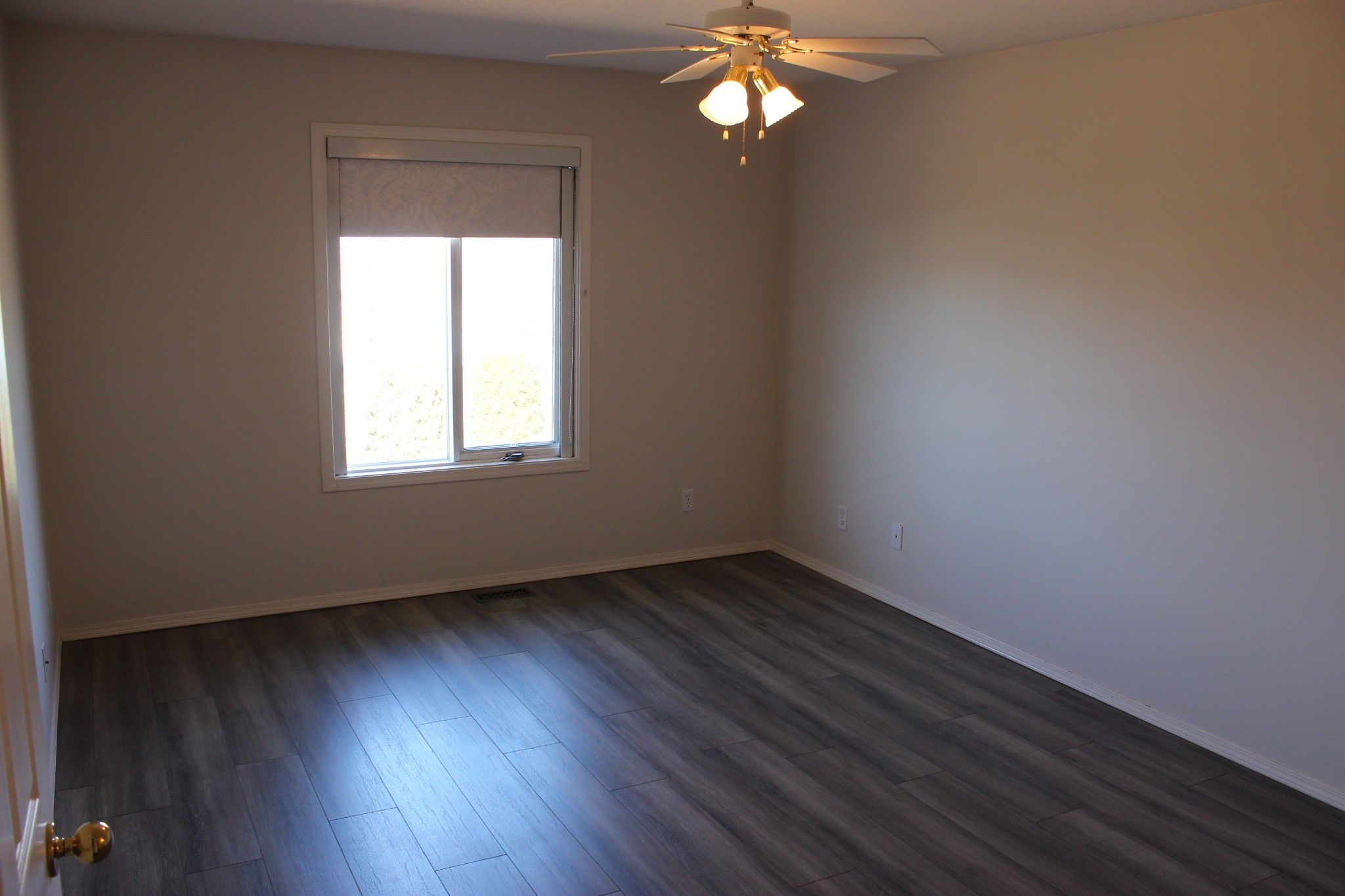 Photo 8: Photos: 4 1580 Springhill Drive in Kamloops: Sahali Townhouse for sale : MLS®# 156043