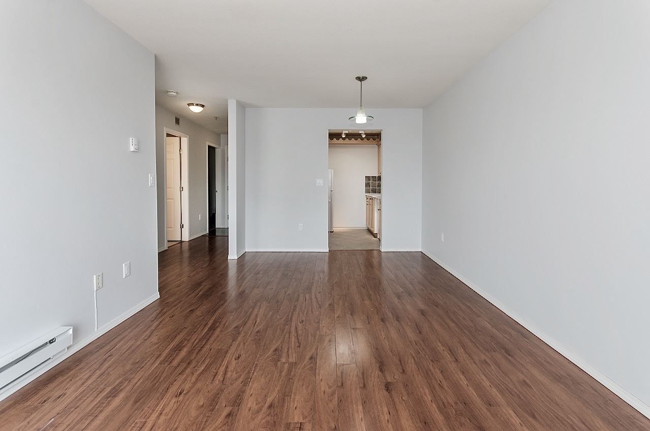 Main Photo: 401 3319 KINGSWAY in Vancouver: Collingwood VE Condo for sale (Vancouver East)  : MLS®# R2250902