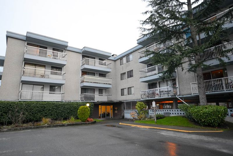 FEATURED LISTING: 311 - 6420 BUSWELL Street Richmond