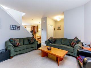 Photo 3: 5852 148TH Street in Surrey: Sullivan Station 1/2 Duplex for sale : MLS®# F1407622