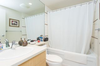 """Photo 12: 908 1033 MARINASIDE Crescent in Vancouver: Yaletown Condo for sale in """"QUAYWEST"""" (Vancouver West)  : MLS®# R2615852"""
