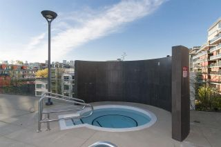 """Photo 15: 318 38 W 1ST Avenue in Vancouver: False Creek Condo for sale in """"THE ONE"""" (Vancouver West)  : MLS®# R2576246"""
