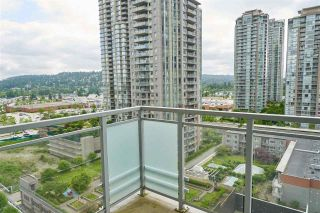 "Photo 16: 1601 3008 GLEN Drive in Coquitlam: North Coquitlam Condo for sale in ""M2"" : MLS®# R2371560"