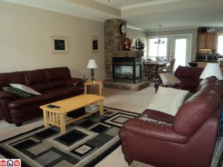 """Photo 3: 15 6450 BLACKWOOD Lane in Sardis: Sardis West Vedder Rd Townhouse for sale in """"THE MAPLES"""" : MLS®# H1201486"""