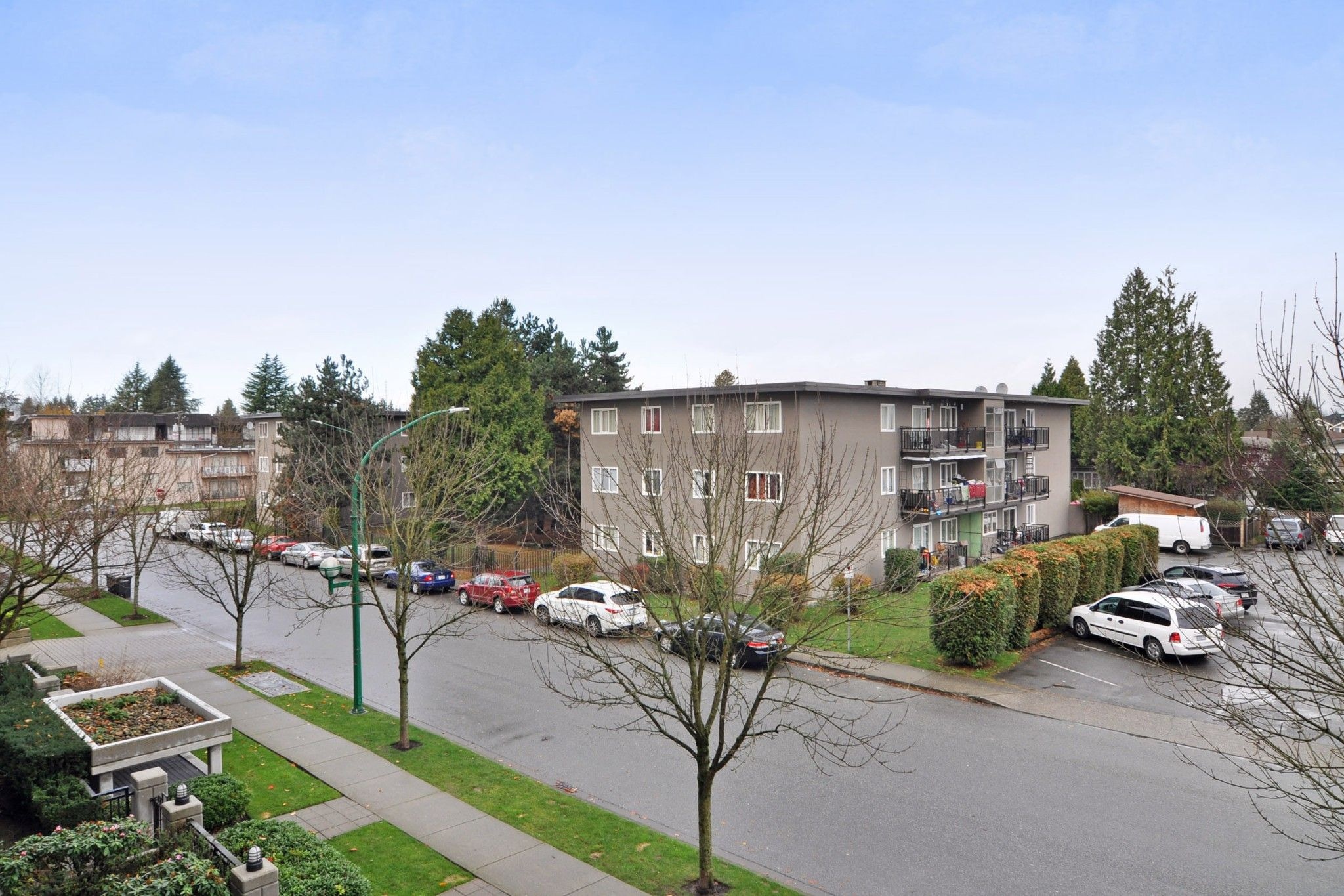 """Photo 15: Photos: 312 7138 COLLIER Street in Burnaby: Highgate Condo for sale in """"STANDFORD HOUSE"""" (Burnaby South)  : MLS®# R2224760"""