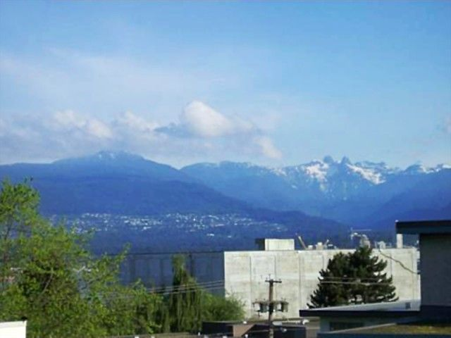 Main Photo: 404 2133 Dundas St in Vancouver: Hastings Condo for sale (Vancouver East)