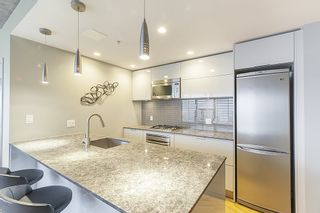 """Photo 6: 3608 128 W CORDOVA Street in Vancouver: Downtown VW Condo for sale in """"Woodwards (W43)"""" (Vancouver West)  : MLS®# R2559958"""