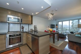 """Photo 9: 405 1690 W 8TH Avenue in Vancouver: Fairview VW Condo for sale in """"The Musee"""" (Vancouver West)  : MLS®# R2527245"""