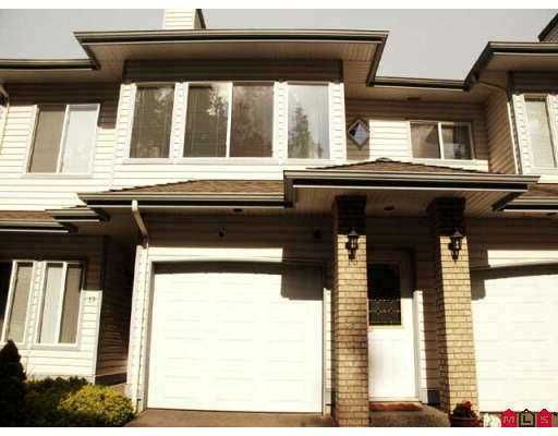 "Main Photo: 18 21579 88B Avenue in Langley: Walnut Grove Townhouse for sale in ""Carriage Park"" : MLS®# F2716232"