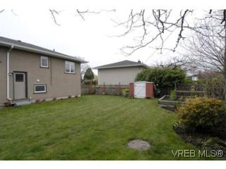 Photo 19: 1694 North Dairy Rd in VICTORIA: SE Camosun House for sale (Saanich East)  : MLS®# 530311