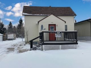 Photo 1: 818 8 Ave: Wainwright House for sale (MD of Wainwright)  : MLS®# A1028399
