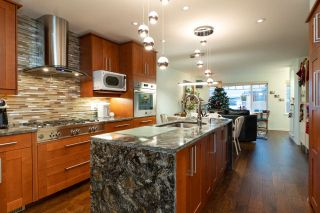 Photo 8: 4822 DUNDAS STREET in Burnaby: Capitol Hill BN House for sale (Burnaby North)  : MLS®# R2329701