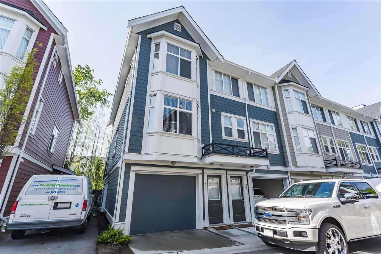 Main Photo: 39 20852 77A AVENUE in : Willoughby Heights Townhouse for sale : MLS®# R2366901