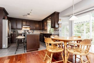 Photo 8: 1040 FOSTER Avenue in Coquitlam: Central Coquitlam House for sale : MLS®# R2219982
