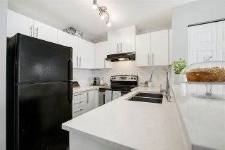 """Photo 3: 3311 240 SHERBROOKE Street in New Westminster: Sapperton Condo for sale in """"Copperstone"""" : MLS®# R2381606"""