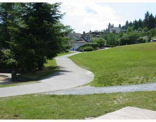 Photo 9: 205 4323 GALLANT Avenue in North Vancouver: Deep Cove Condo for sale : MLS®# V804910