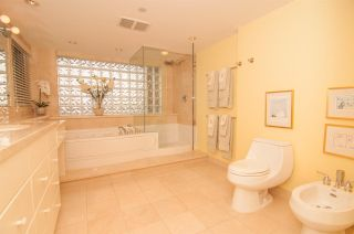 Photo 13: 5 1350 W 14TH AVENUE in Vancouver: Fairview VW Condo for sale (Vancouver West)  : MLS®# R2240838