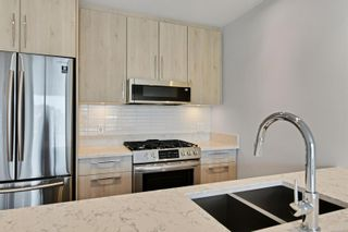 Photo 5: 211 9864 Fourth St in : Si Sidney North-East Condo for sale (Sidney)  : MLS®# 874619