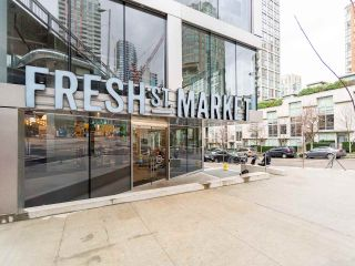 Photo 25: 1106 638 BEACH CRESCENT in Vancouver: Yaletown Condo for sale (Vancouver West)  : MLS®# R2499986