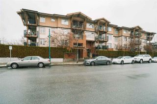 "Photo 19: 312 500 KLAHANIE Drive in Port Moody: Port Moody Centre Condo for sale in ""Tides"" : MLS®# R2539919"