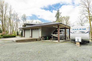 Photo 3: 43207 SALMONBERRY Drive in Chilliwack: Chilliwack Mountain House for sale : MLS®# R2529009