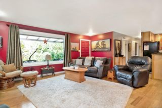 Photo 3: 348 Mill Rd in : PQ Qualicum Beach House for sale (Parksville/Qualicum)  : MLS®# 863413