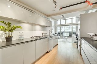 """Photo 15: 413 1529 W 6TH Avenue in Vancouver: False Creek Condo for sale in """"WSIX - South Granville Lofts"""" (Vancouver West)  : MLS®# R2435033"""