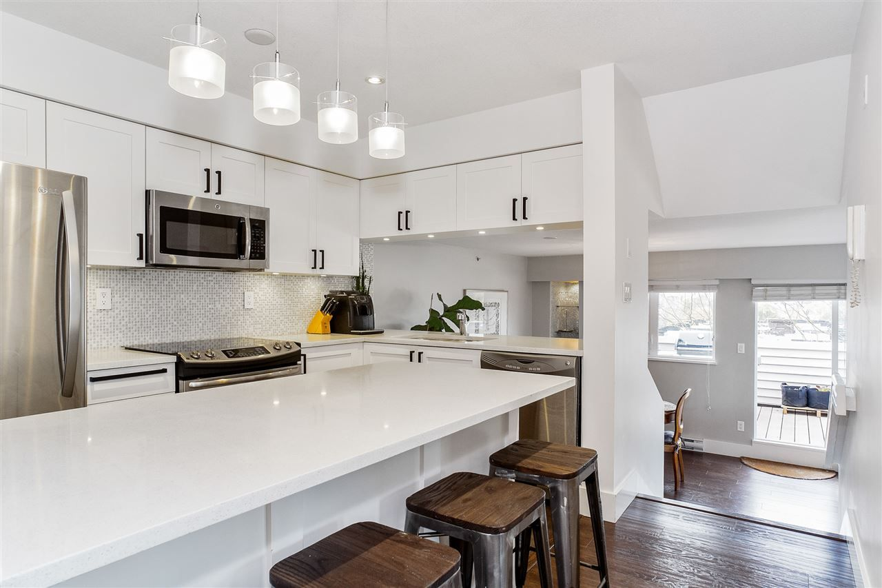 "Main Photo: 401 1823 E GEORGIA Street in Vancouver: Hastings Condo for sale in ""Georgia Court"" (Vancouver East)  : MLS®# R2515885"