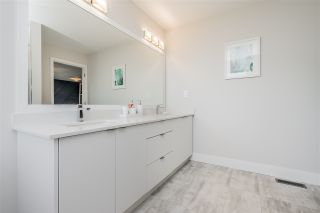 """Photo 18: 15 31548 UPPER MACLURE Road in Abbotsford: Abbotsford West Townhouse for sale in """"Maclure Point"""" : MLS®# R2492261"""