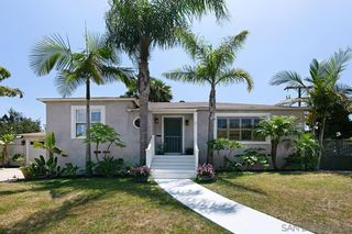Photo 2: POINT LOMA House for sale : 3 bedrooms : 1905 Catalina Blvd in San Diego