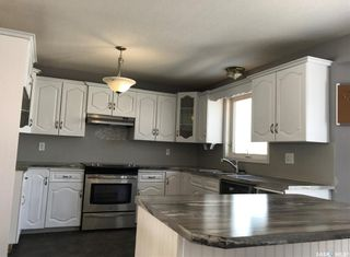 Photo 2: 24 Wynn Place in Yorkton: Weinmaster Park Residential for sale : MLS®# SK813941